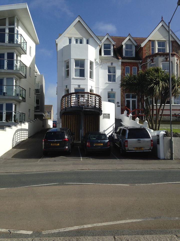 The White House Newquay Escape Surf School