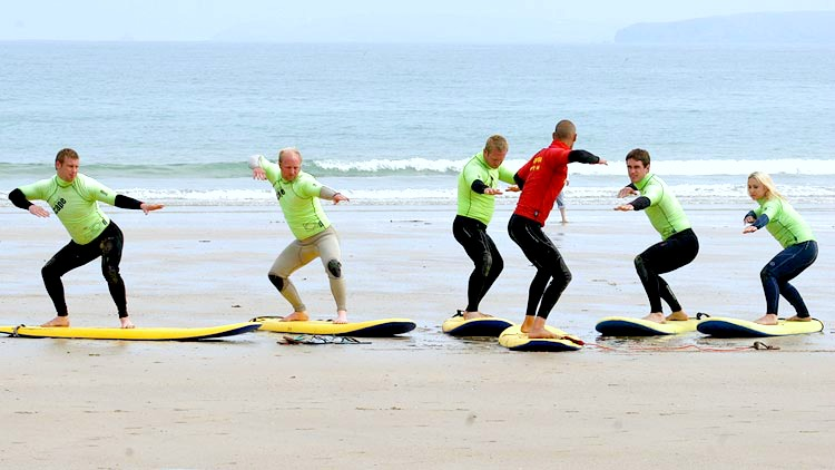 surf lessons and courses newquay cornwall